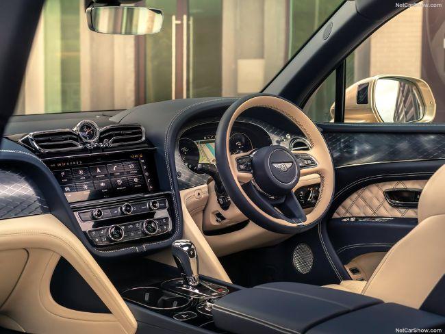Bentley-Bentayga_Hybrid-2021-1024-0c