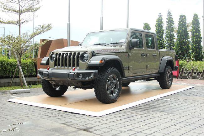 Jeep Indonesia Resmikan Dua Dealer di Jakarta, Sudah Kategori 3S