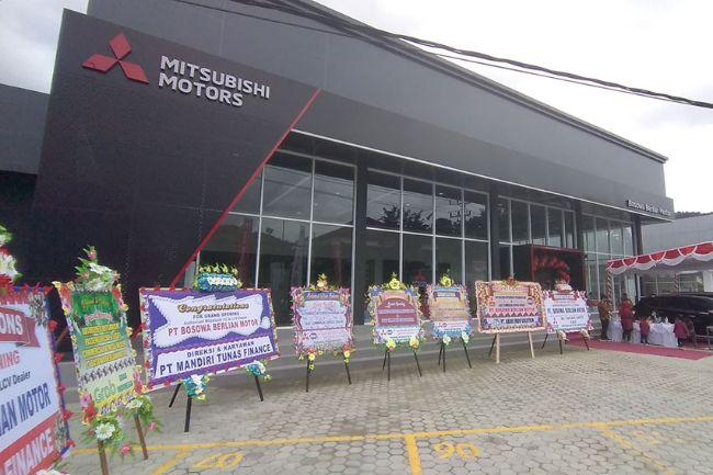 Perkuat Pengguasaan Pasar, Mitsubishi Motors Resmikan Diler Pertama di Papua