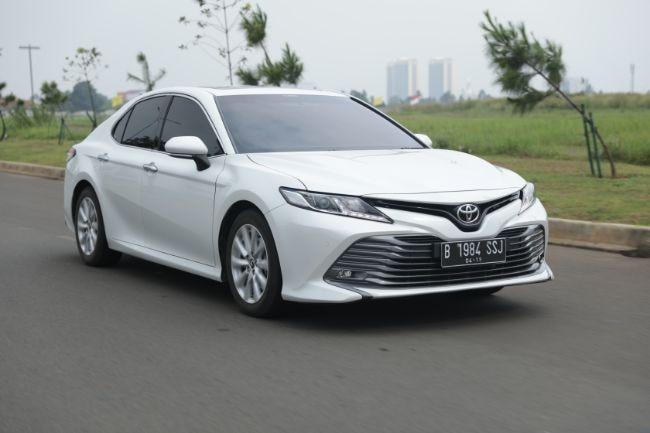 Road Test Toyota Camry 2.5 V: Inikah Camry Paling Sporty Yang Pernah Ada?
