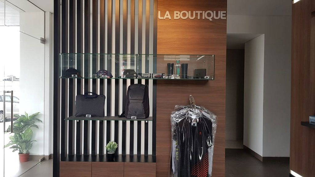 La Boutique Hadirkan Apparel dan Merchandise Asli Peugeot
