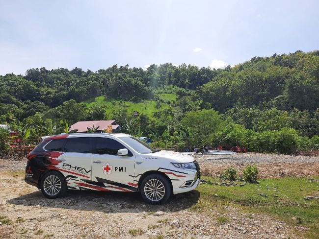 Mitsubishi Indonesia Sumbang 3 Unit Mobil Korban Bencana