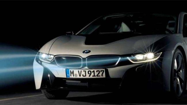 Kapan Mobil Pertama Kali Menggunakan Lampu Depan? Ini Dia Evolusinya!
