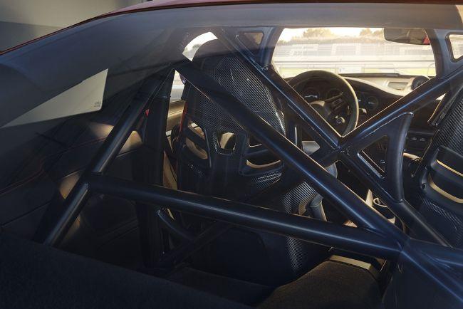 2022-Porsche-911-GT3-992-9