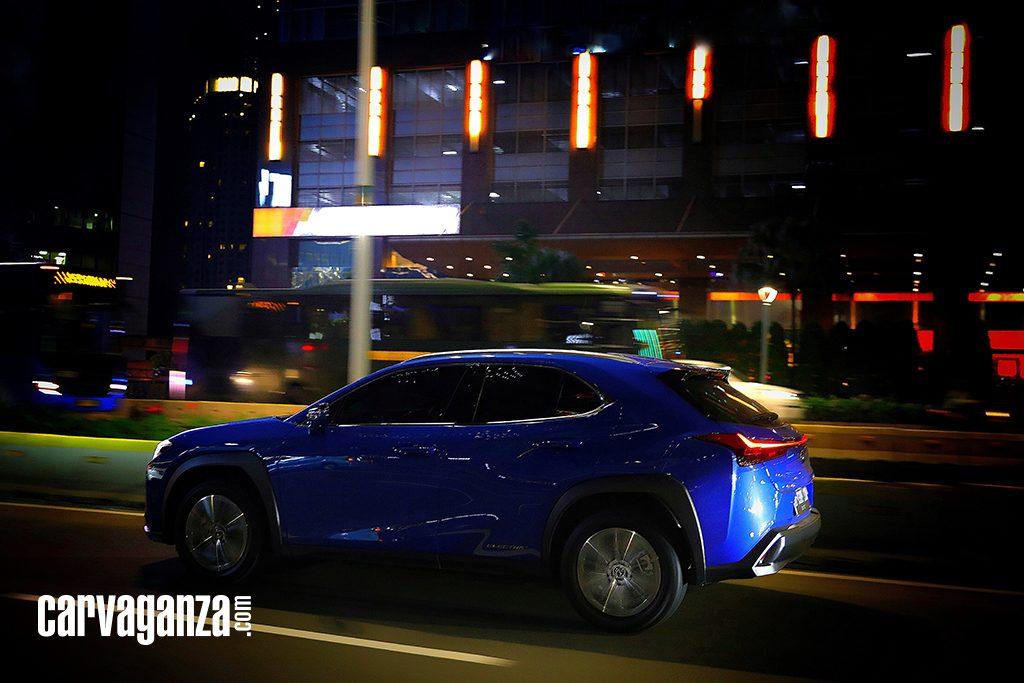 Test-Drive-Lexus-UX-300e-2021-6