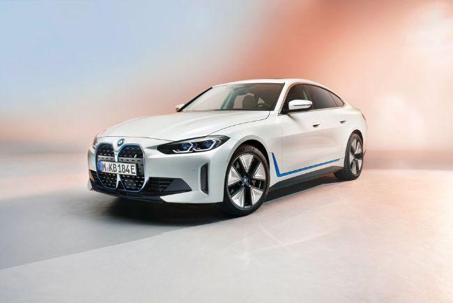 Ada 6 Hal Yang Harus Diketahui Dari Mobil Listrik BMW i4 2022