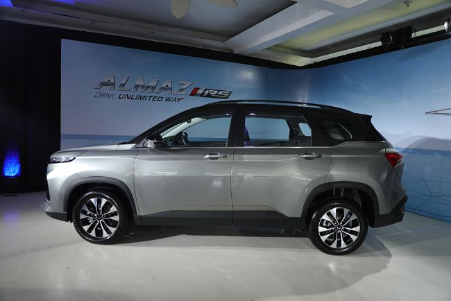 Wuling-Almaz-RS-2021-5