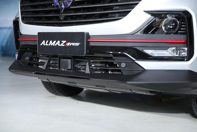 Wuling-Almaz-RS-2021-15