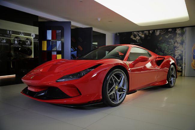 Ferrari-F8-Spider-2021-1