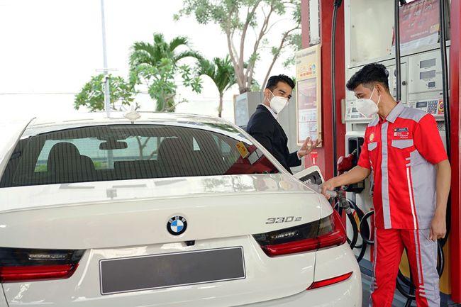 Shell Pasarkan BBM V-Power Nitro+, Hasil Kerjasama dengan Ferrari