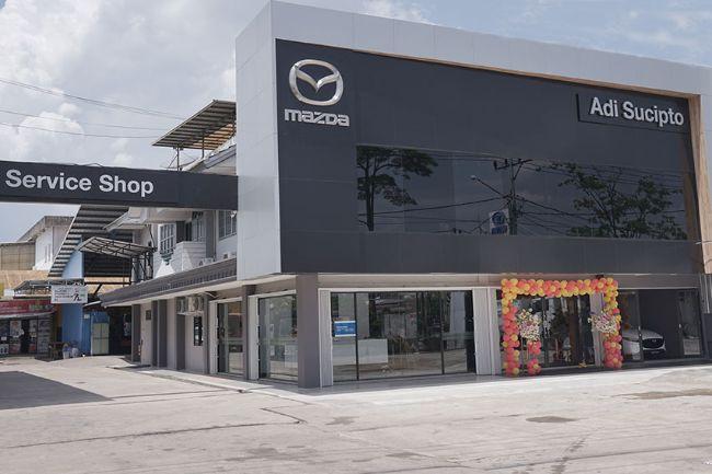 Mazda Resmikan Dealer Terbaru di Pontianak, Gunakan Desain Terkini