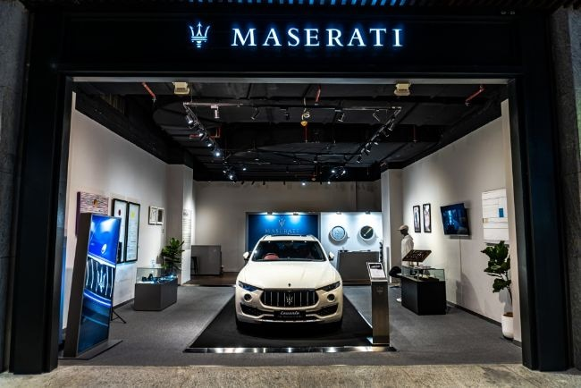 Maserati Gallery Jakarta, Pamerkan Levante Dengan Interior Ermenegildo Zegna