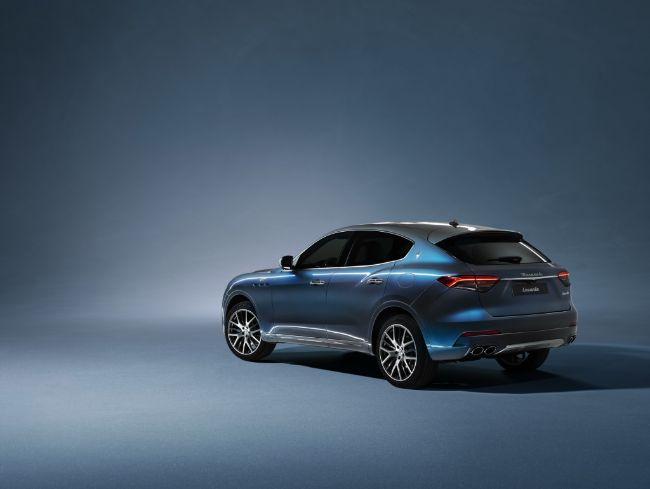 Maserati-Levante-Hybrid-05