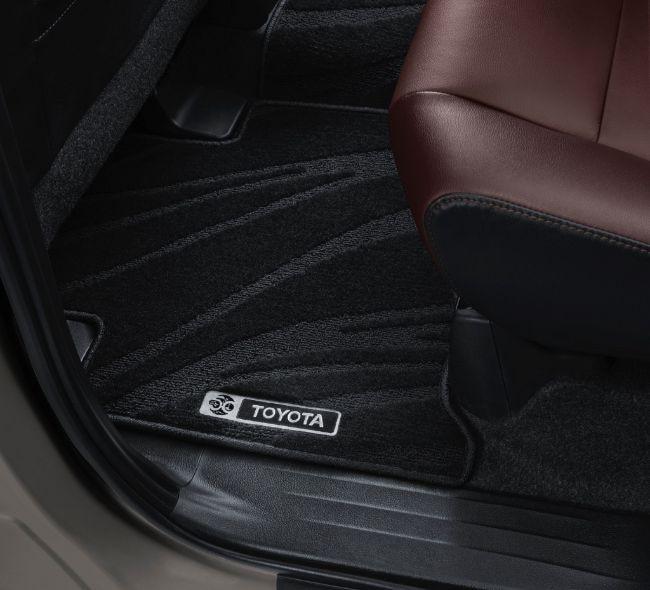 Interior-Kijang-Innova-Limited-Edition-3
