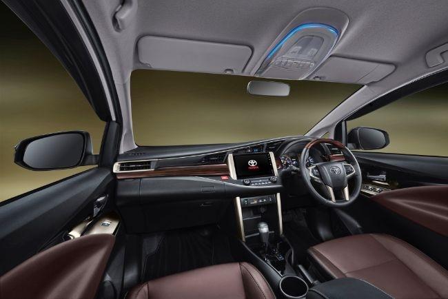 Interior-Kijang-Innova-Limited-Edition-2