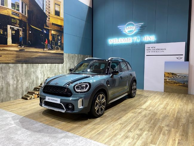 New-MINI-Countryman-2021-3