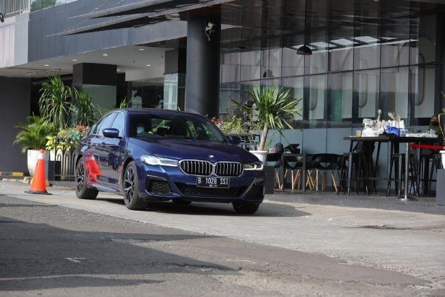 BMW-520i-M-Sport-2021-First-Drive-1