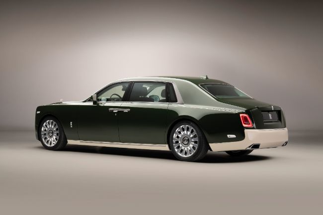 Rolls-Royce-Phantom-Oribe-in-collaboration-with-Hermès-rear-3-4-_LoRes