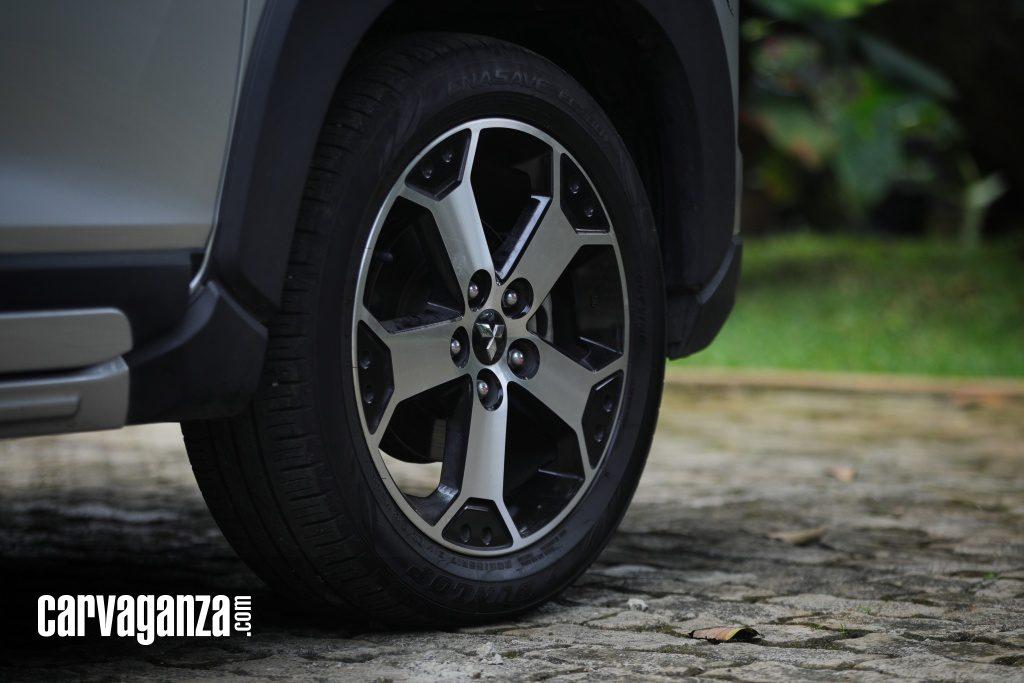 Mitsubishi-Xpander-Cross-Dashcam-2021-12