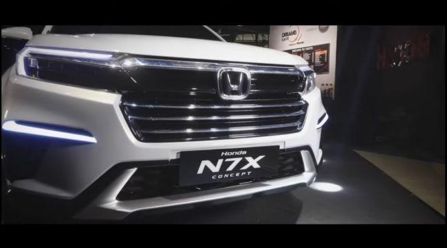 Honda-N7X-Concept-Low-SUV-Premiere-4