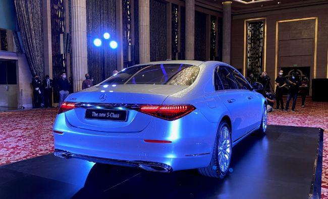Mercedes-Benz-S450-4Matic-Luxury-2021-S-Class-7