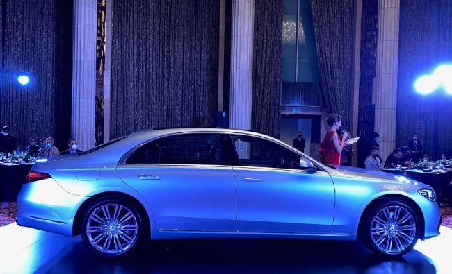 Mercedes-Benz-S450-4Matic-Luxury-2021-S-Class-8