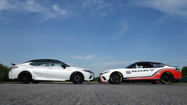 2022-Toyota-Next-Gen-Camry-TRD7