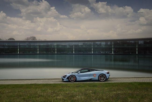 McLaren-720S-Gulf-Livery-2