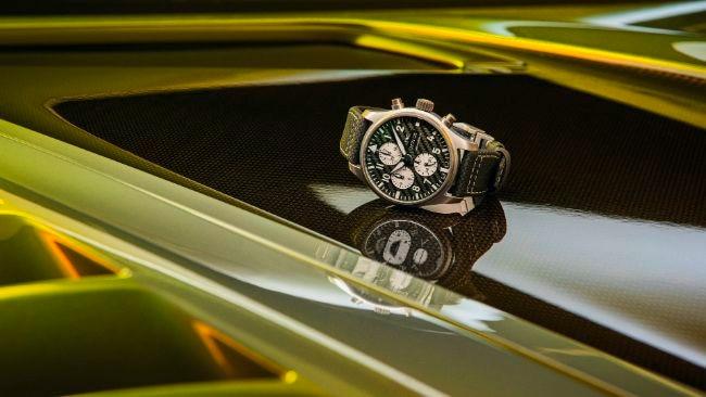 IWC-Pilots-Watch-Chronograph-Edition-AMG-03