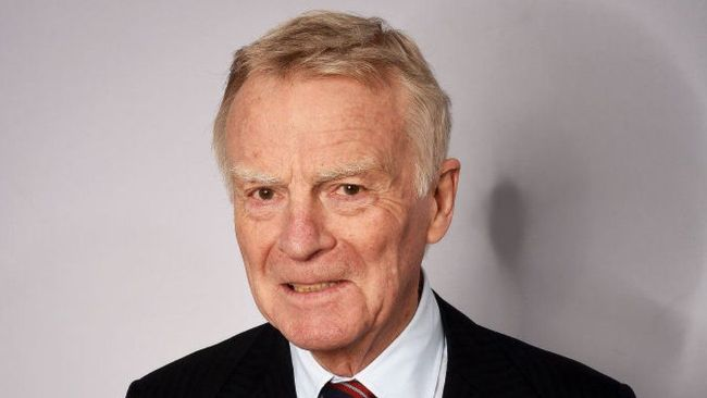 Mantan Presiden FIA Max Mosley Meninggal Dunia