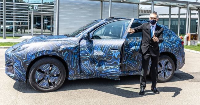 Maserati Grecale Akan Dirilis Akhir 2021, Tampangnya Makin Terlihat Jelas