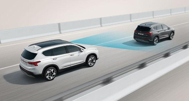 fitur Forward Collision-Avoidance Assist (FCA) pada Hyundai New Santa Fe