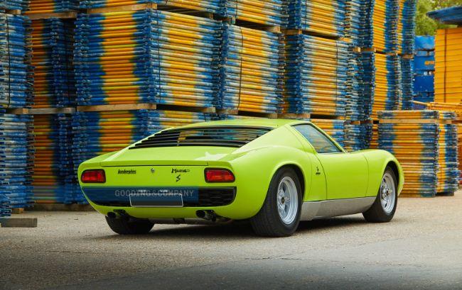 1968_Lamborghini_Miura_P400_S_20_epyzeo