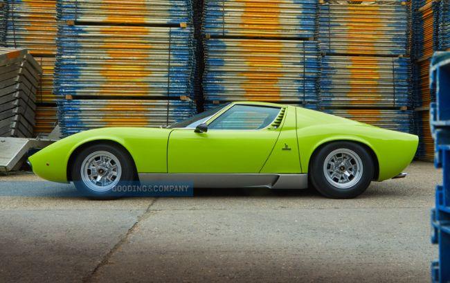 1968_Lamborghini_Miura_P400_S_36_q0ds5x