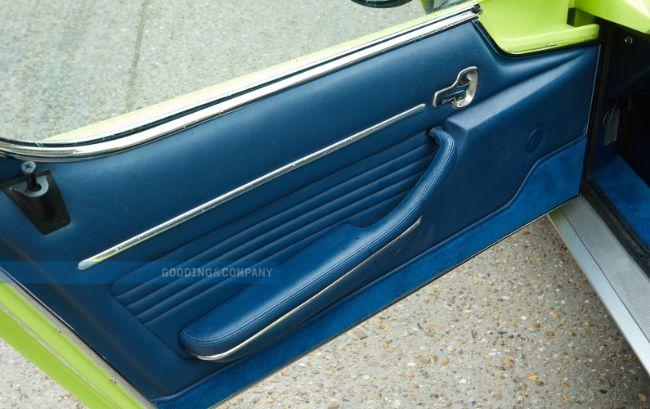 1968_Lamborghini_Miura_P400_S_82_b2klji