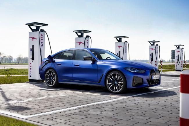2022-BMW-i4-M50-6