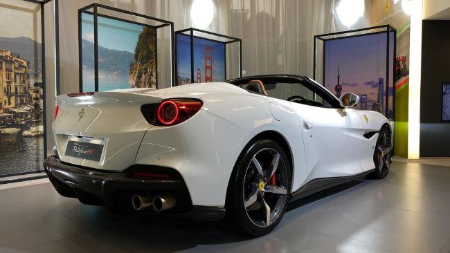 Ferrari-Portofino-M-7