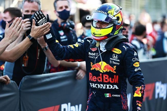 Sergio Perez Menangi GP Azerbaijan, Mobil Ajak Gunakan Pelumas Berteknologi F1