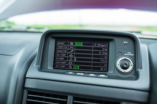 Nissan-Skyline-GT-R-V-Spec-Midnight-Purple-II-4