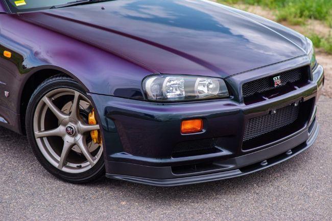 Nissan-Skyline-GT-R-V-Spec-Midnight-Purple-II-9
