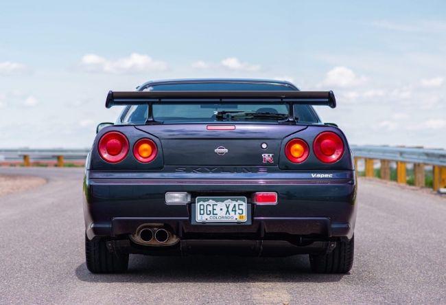 Nissan-Skyline-GT-R-V-Spec-Midnight-Purple-II-12