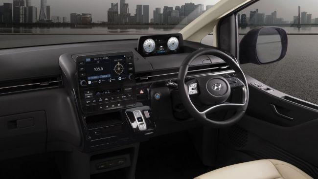 Hyundai-Staria-2021-5