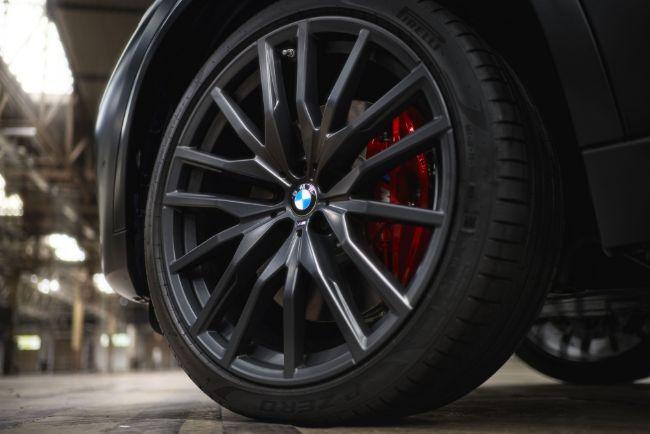 BMW-X5-X6-Vermillion-Black-Edition-9