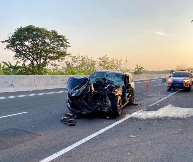 Kecelakaan-Jeep-Grand-Cherokee-2