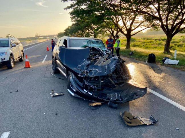 Kecelakaan-Jeep-Grand-Cherokee-6