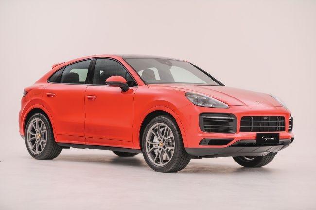 Carvaganza Editors' Choice Awards 2021: Porsche Cayenne Coupe Terpilih Untuk Best Luxury Car Award